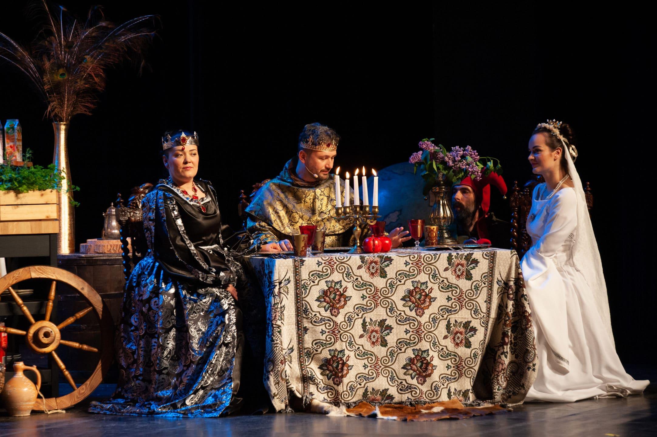 divadelne predstavenie