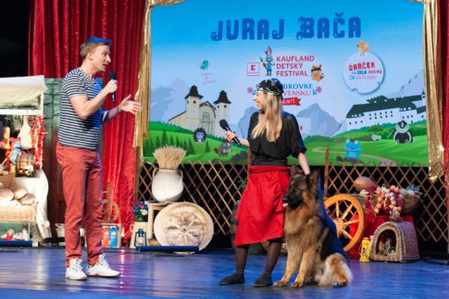 vystupenie Juraj Baca s hostom